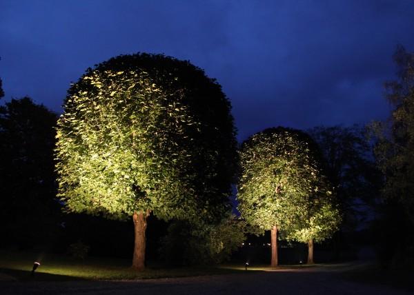 Spotlight LED, E27, 2700 K, 230 V/ 15 W